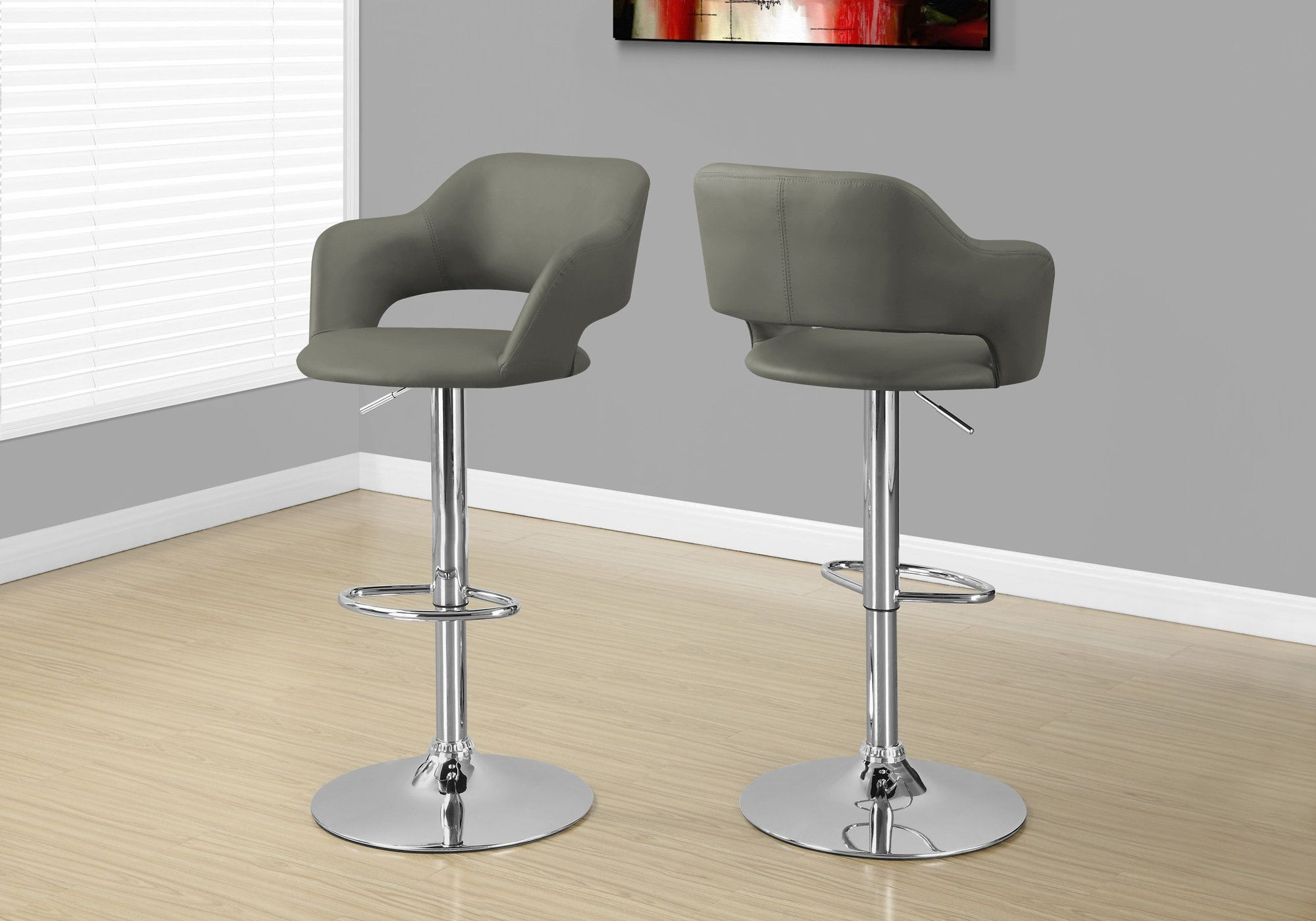 tabouret de bar gris leger metal chrome hydraulique. Black Bedroom Furniture Sets. Home Design Ideas